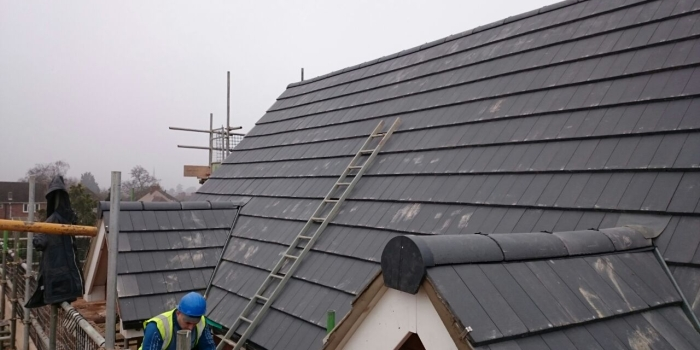 New & Re-Roofs